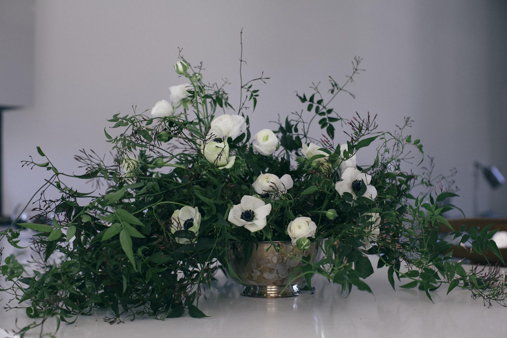 anenomes jasmine ranunculus