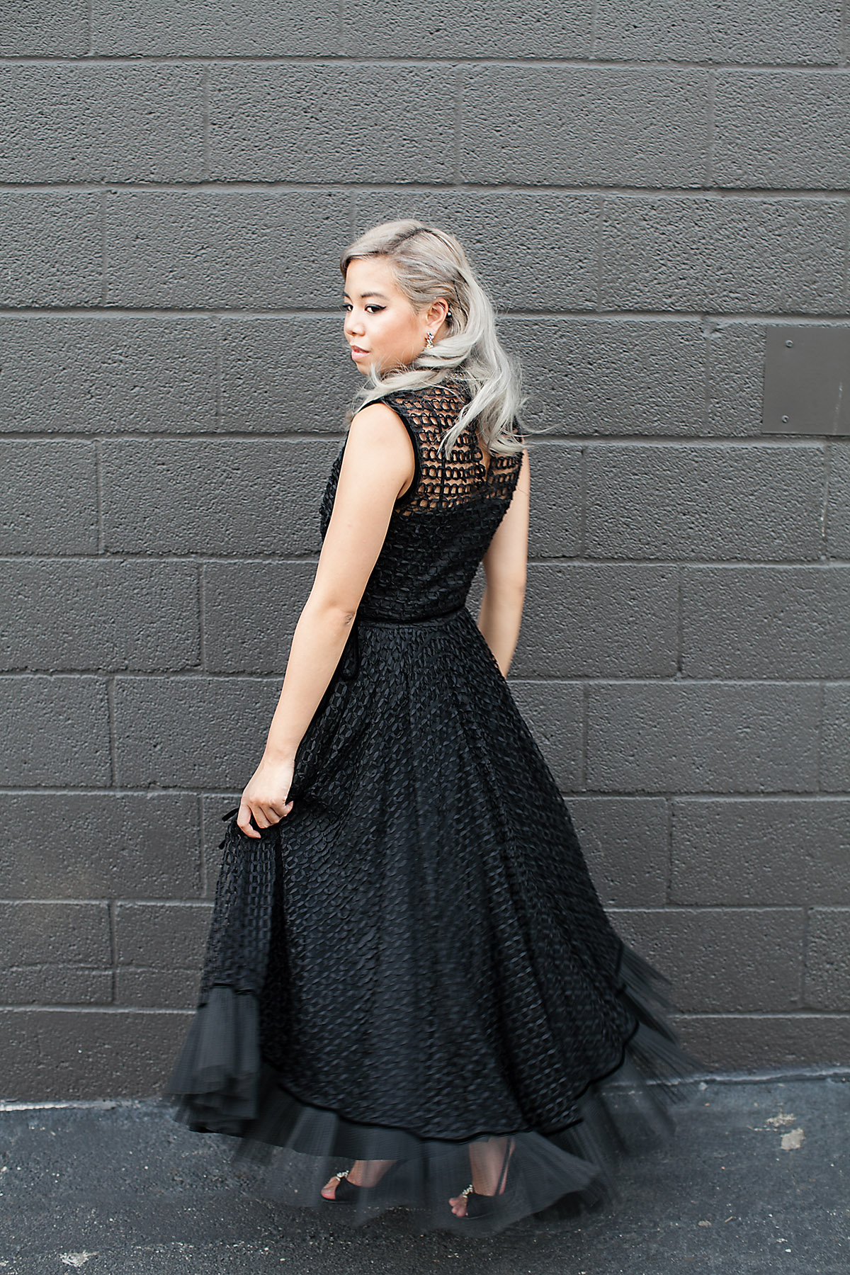 drempt_vintage_gown