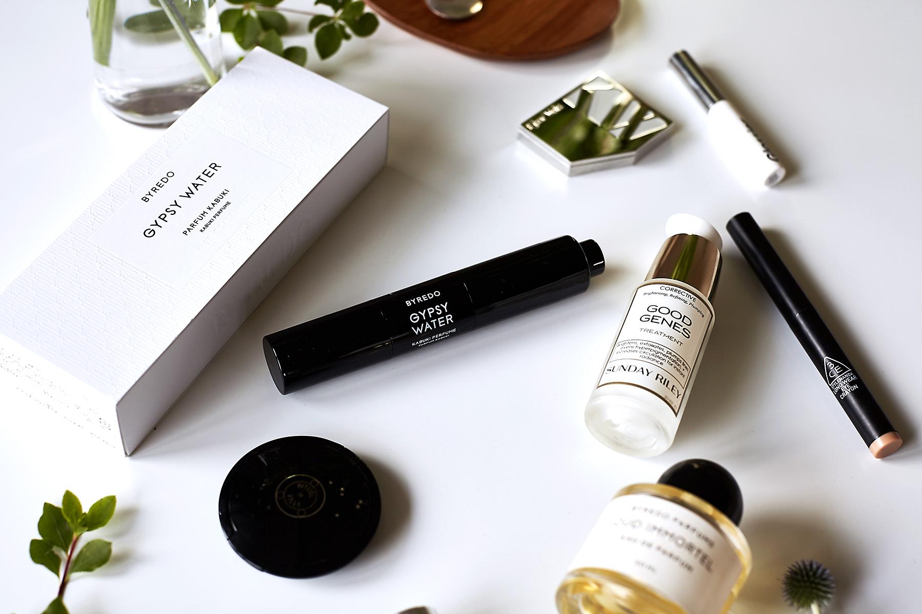 Byredo Kabuki brush perfume